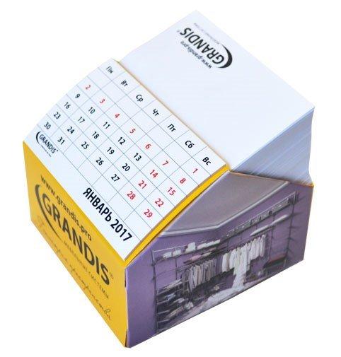 Блок в диспенсере с отрывным календарем