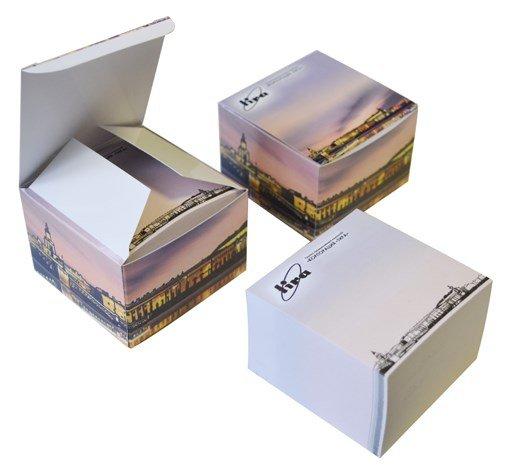Кубарик 73х73 мм, 500 л. в подарочной коробке